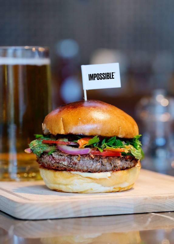 A Impossible Foods está levando seu hambúrguer à base de plantas para a capital mundial da carne!