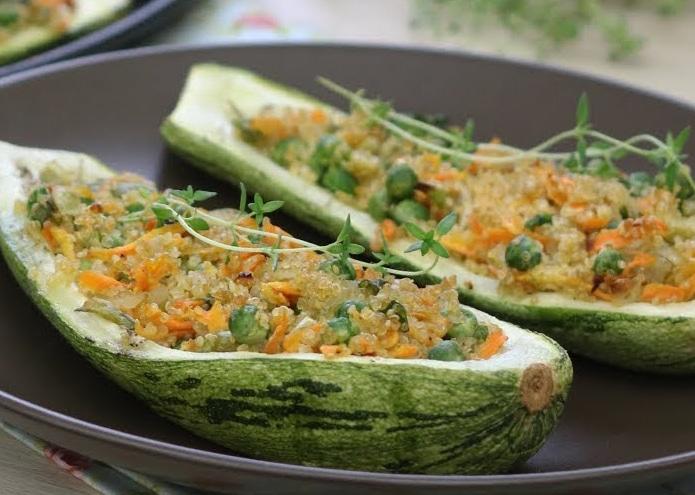 Abobrinha Recheada Com Quinoa E Legumes